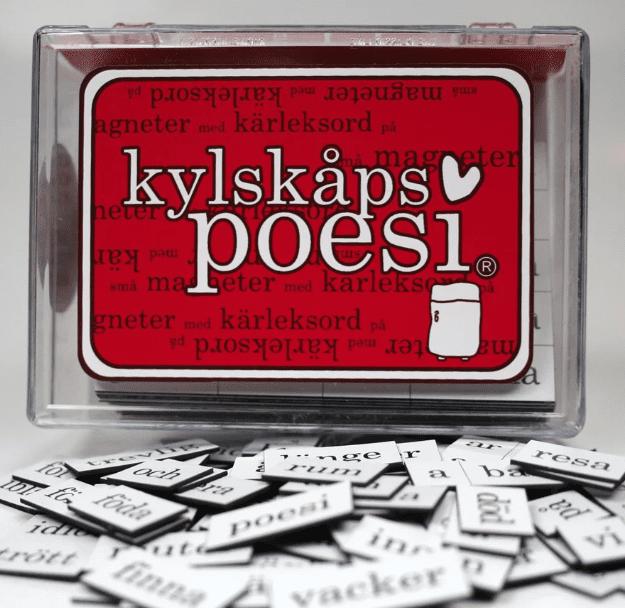 pryd kylskåpet med poesi
